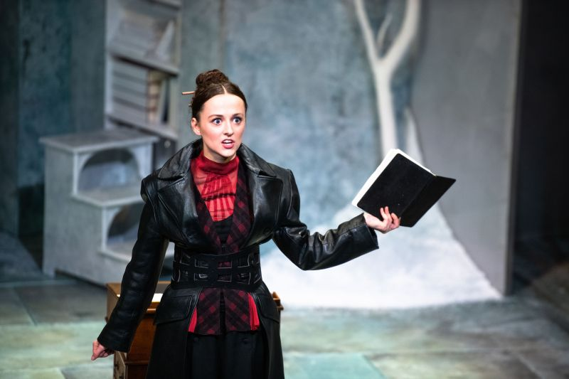 eilidh-loan-as-mary-shelley-in-frankenstein-photo-by-tommy-ga-ken-wan-002.jpg